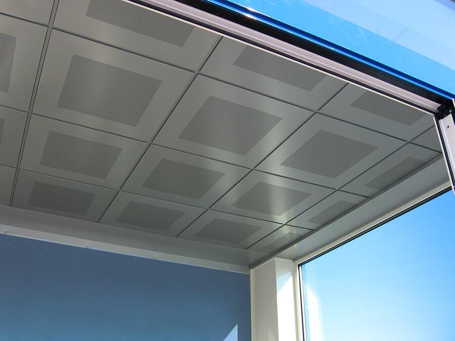 tesiflex vista interna di una finestra con serramento fama